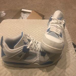 Jordan retro 4 military blue size 14
